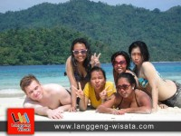 open trip krakatau indonesia