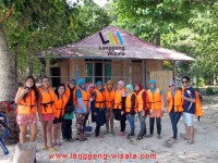open trip teluk kiluan indonesia