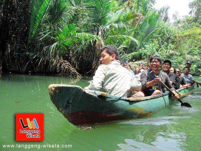 OPEN TRIP Pulau Peucang-Ujung Kulon indonesia
