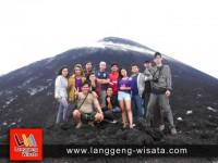 wisata krakatau dari jakarta indonesia