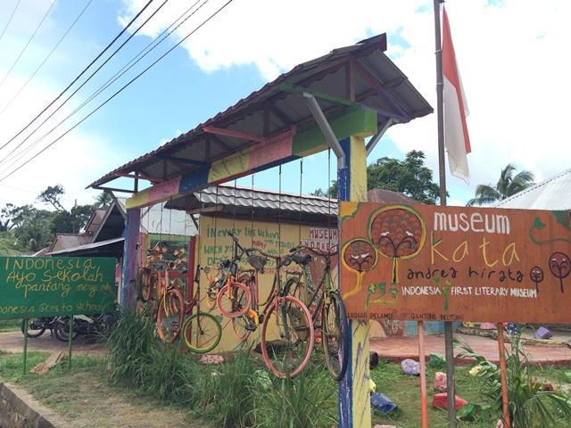open trip belitung 3 hari 2 malam indonesia