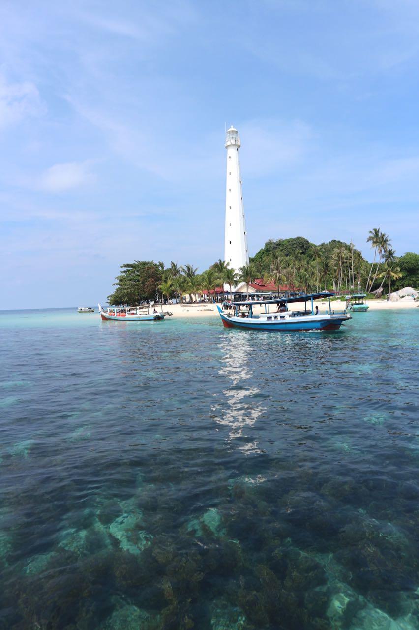 Open Trip Belitung 4 Hari 3 Malam Indonesia