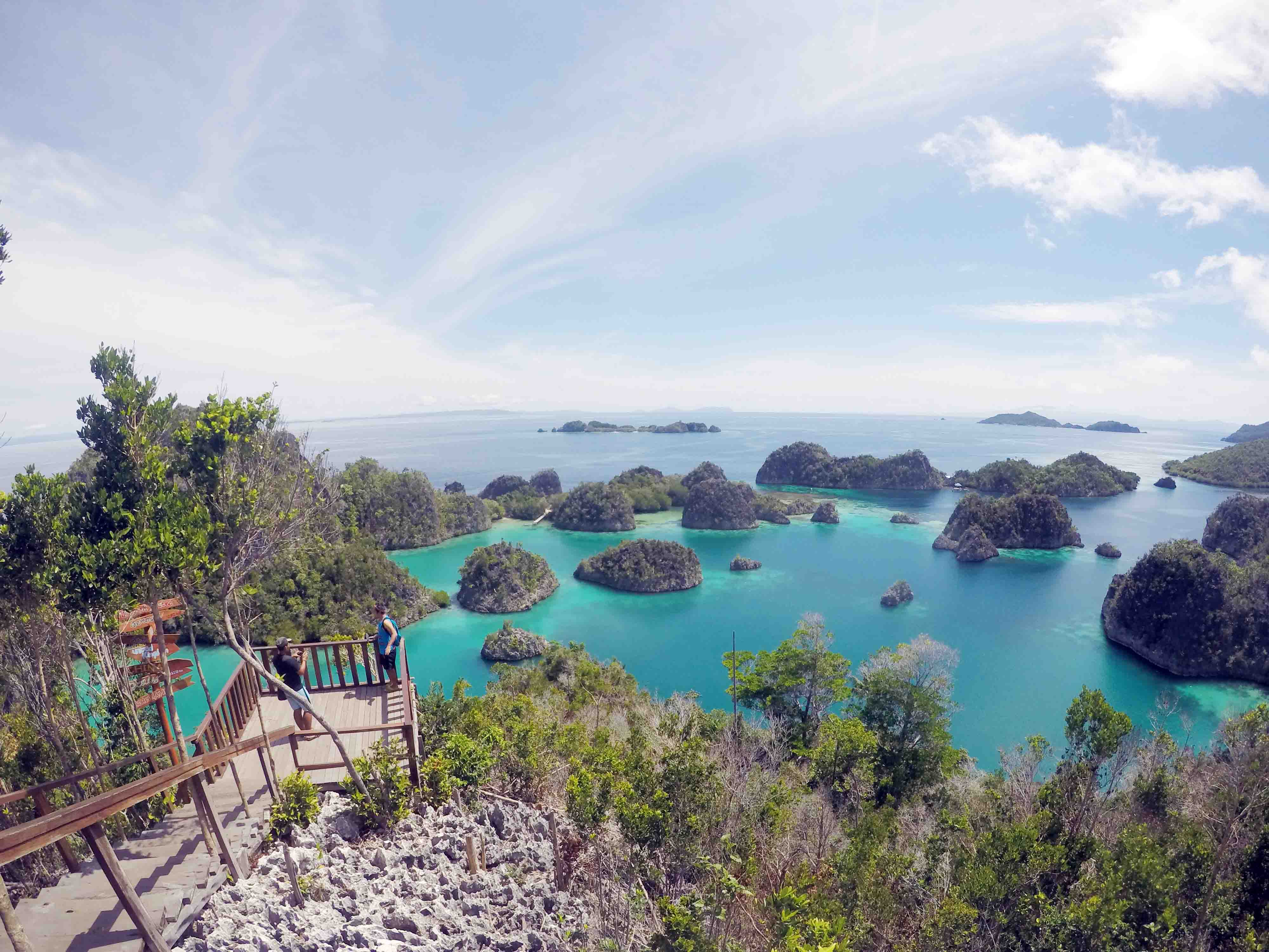 open trip raja ampat indonesia